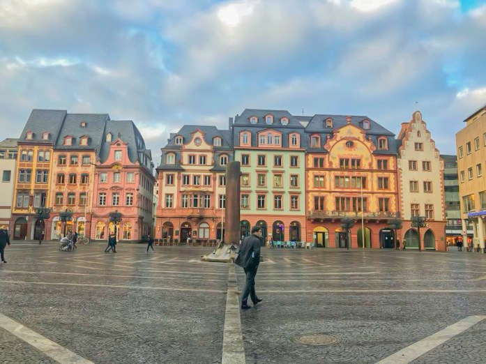 picutre of a town square that we stopped at during our road trip around Southern Germany