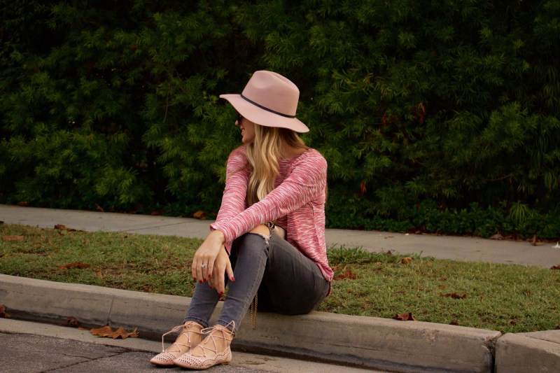 pink and gray fall outfit