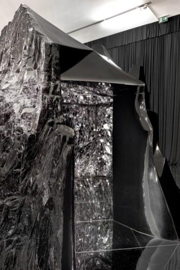 BUNCR (M. BACTYIN) │ 2007-12 │ Mixt mīdia │ 300 x 400 x 280 sm │ Fôto: Remi Viļaji