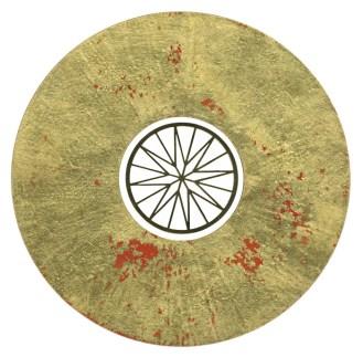 NECḶS FR CAƮRIN D'MDĪČI'Z BEDRŪM (dītêl) │ 2002 │ Ōṇmentl disc culrcor wɖ gold līf, goldplêtd stênls stīl │ 15 sm dîaṃtr │ Fôto: Jwj Gamr
