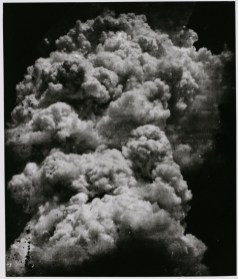 Toshio Fukada: The Mushroom Cloud – Less than twenty minutes after the explosion (4), 1945. Tokyo Metropolitan Museum of Photography. © The estate of Toshio Fukada, courtesy Hiroshima Peace Memorial Museum