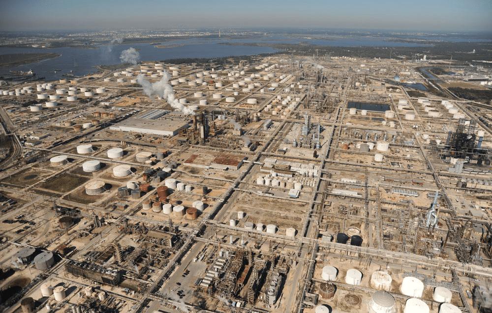 The Center for Land Use Interpretation, Houston Petrochemical Corridor Landscan, 2008. Courtesy of The Center for Land Use Interpretation.