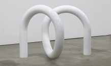 Noodle, 2015, stainless steel and urethane paint