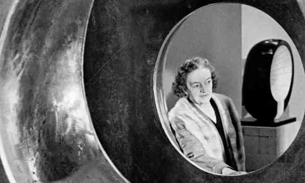 "Observer, 7 June 2015: ""Barbara Hepworth: a life told in six works."" / Photograph: Bob Aylott/Getty Images"