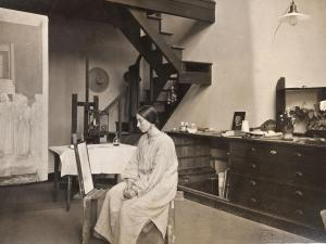 ABOUT ARTISTS: WINIFRED KNIGHTS