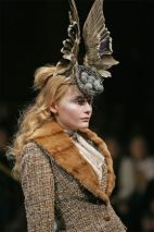 Bird's Nest headdress with Swarovski gemstones, Widows of Culloden, A/W 2006–07. Philip Treacy and Shaun Leane for Alexander McQueen. Model: Snejana Onopka, Image: Courtesy Swarovski Archive