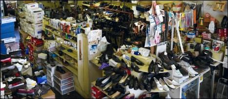 Stan Douglas, Kardynal Shoes, 2010.