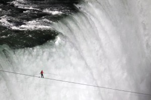Nikolas Wallenda 300x199 18 Of The Most Inspiring Feats Of Human Endurance