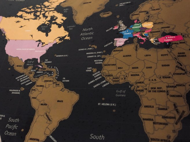 15 Present Ideas for Travellers - Scratch Map