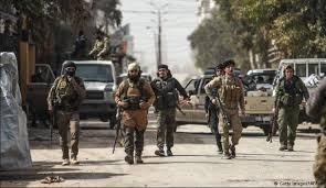 Photo of القوات الأمنية تنفذ حملة بمنطقتين في الفلوجة بحثا عن مطلوبين
