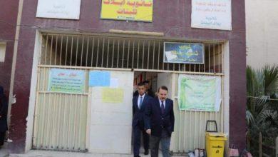 Photo of وزير الداخلية يتفقد عدد من القطعات الأمنية المكلفة بحماية المدارس في محافظة بغداد