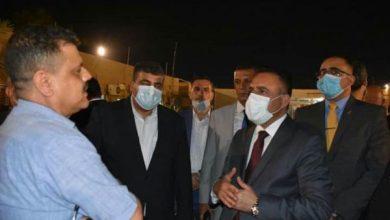 Photo of وزير الصحة والبيئة يزور مستشفى المحمودية العام بعد منتصف الليل للوقوف على احتياجات المستشفى