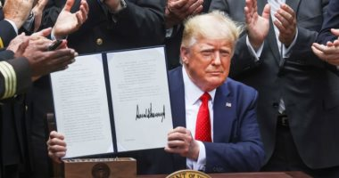Photo of ترامب: قضينا على البغدادى وسليمانى.. والديمقراطيين عارضونا