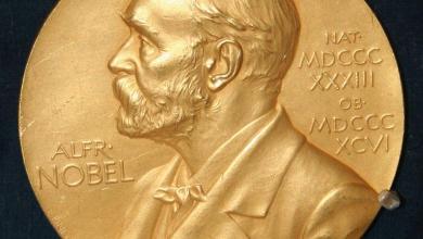 """Photo of منح جائزة نوبل في الطب بالشراكة لهارفي أولتر ومايكل هوتن وتشارلز  رايس لاكتشافهم فيروس الكبد الوبائي """"سي"""""""