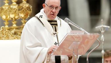 Photo of البابا فرنسيس : أن نكون مسيحيين ليس عقيدة أو مثالاً أخلاقيًّا بل هي العلاقة الحيّة مع الرب القائم من الموت