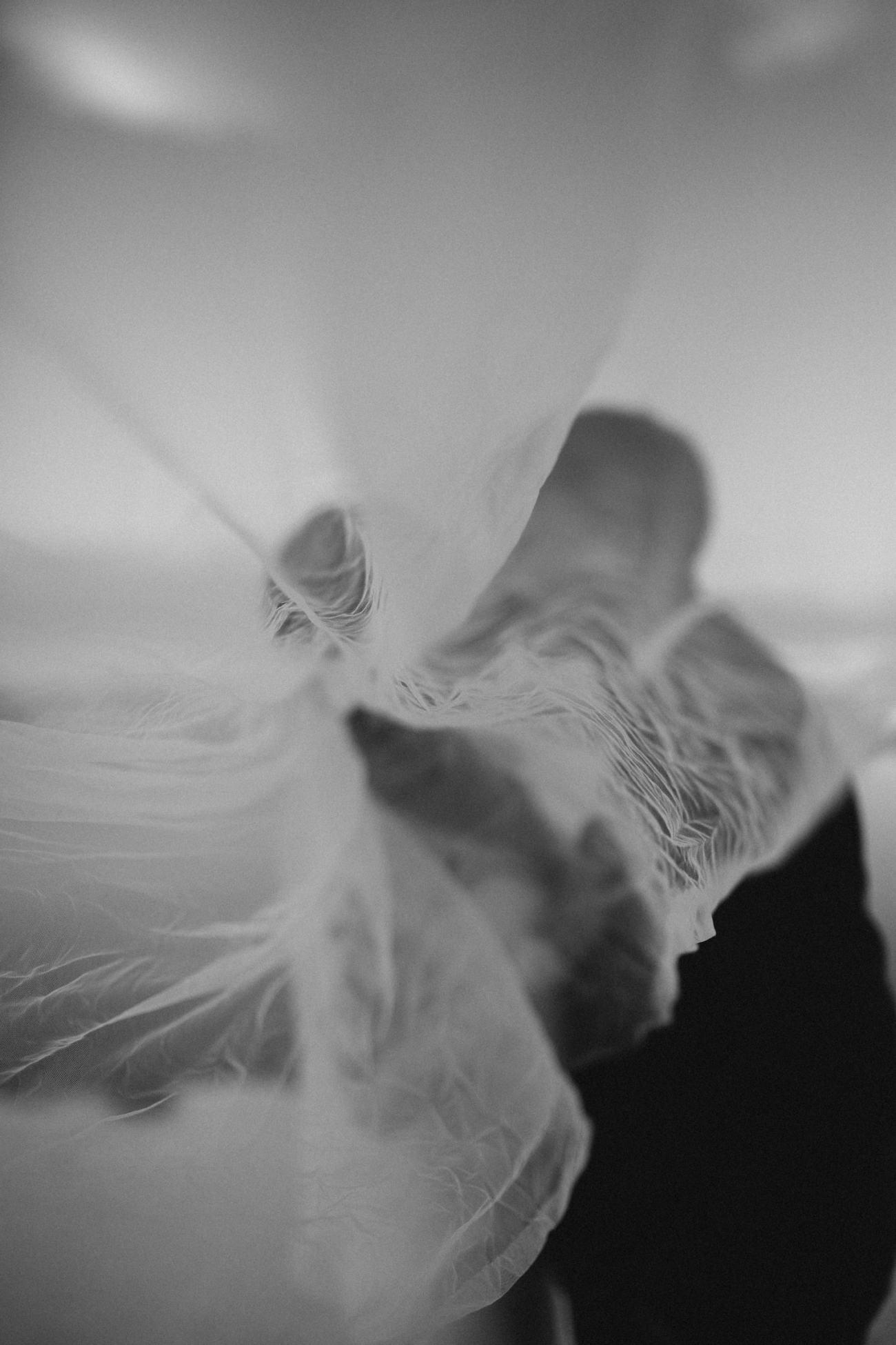 wedding photo iceland