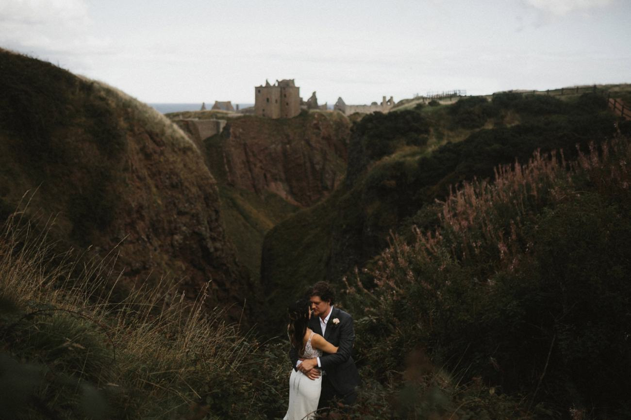 duntottar castle wedding photos