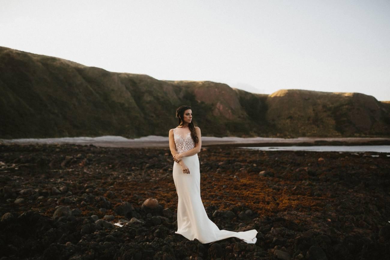 beautiful bride in scotland
