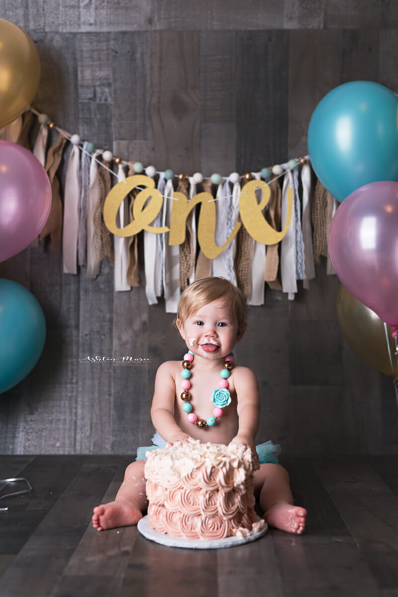 Zoe 1st bday -123-Edit logo.JPG