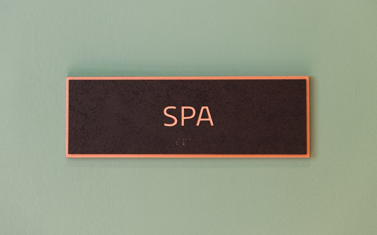 Estate_Spa-Signage_960x600