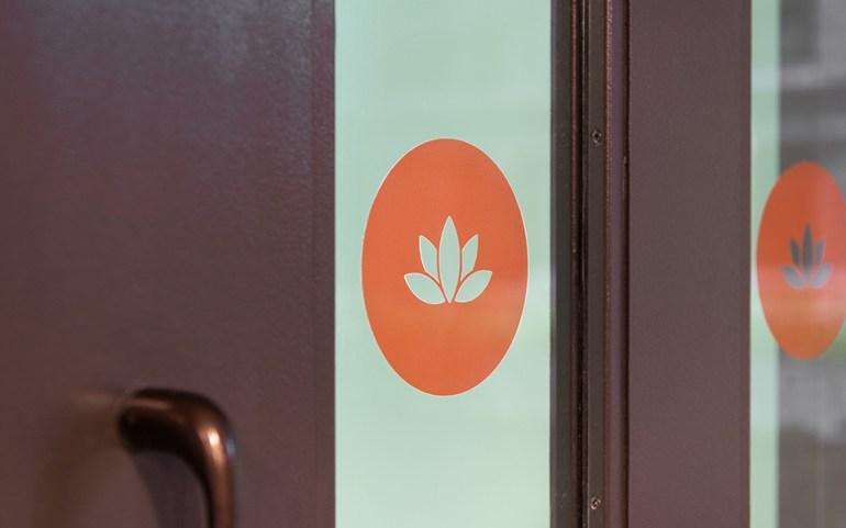 Estate_Wellness-Door-Sign_960x600