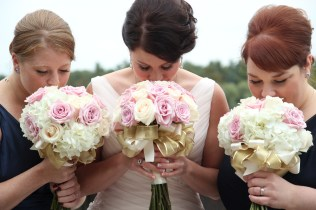 Pink and Gold Bouquets of Roses and Hydrangea