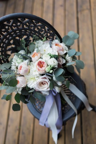 peach-blush-ivory-bridal-bouquet-with-lavender