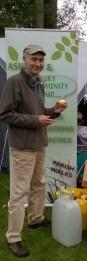 Malcolm demonstrates fruit