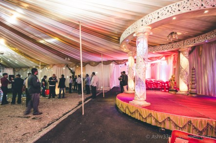 75 Studio Wedding Rishi Varsha 1