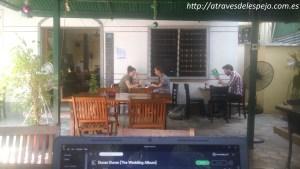 Buen café, buen ambiente y buena música