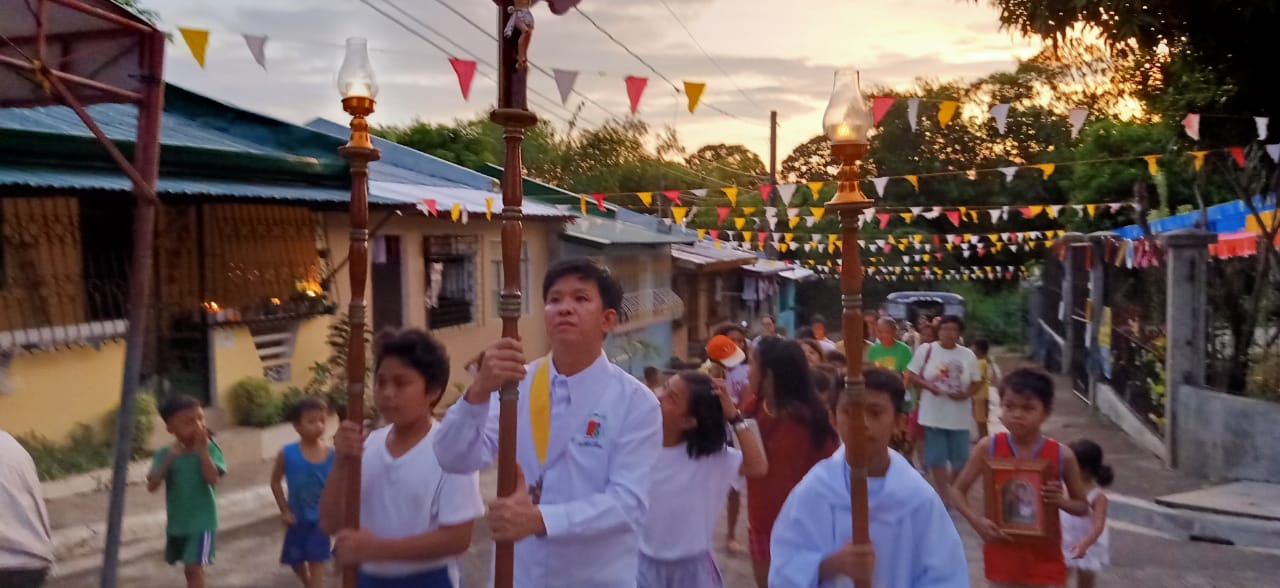 Sr. Teresa Mira of Sto. Niño Center: Housing Project celebrates the Feast of Our Lady of Pillar
