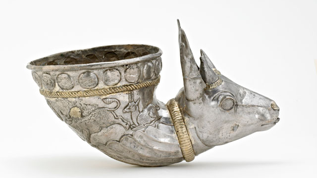 Spouted vessel from feast your eyes