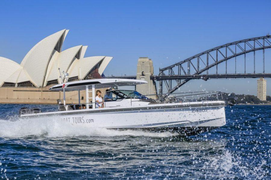 Spectre - Axopar European Sports Cruiser charter