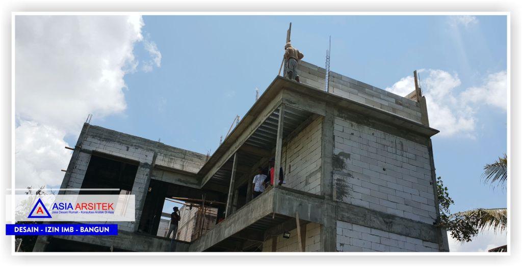 Area-belakang-rumah-proses-pengerjaan-struktur-ring-balk