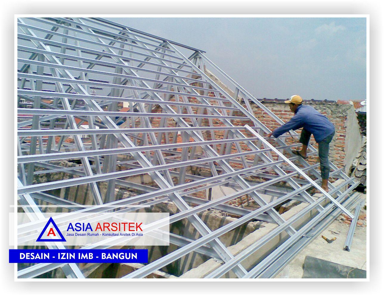 Proses-pengerjaan-rangka-atap-rumah-klasik-bu-elisa