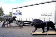 Tigers moves 29 wildlife sculptures Cape Town to London