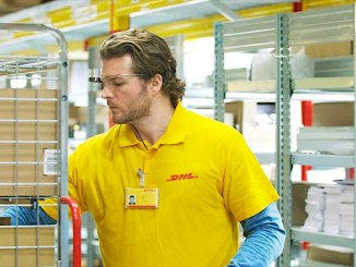 DHL Supply Chain smart glasses