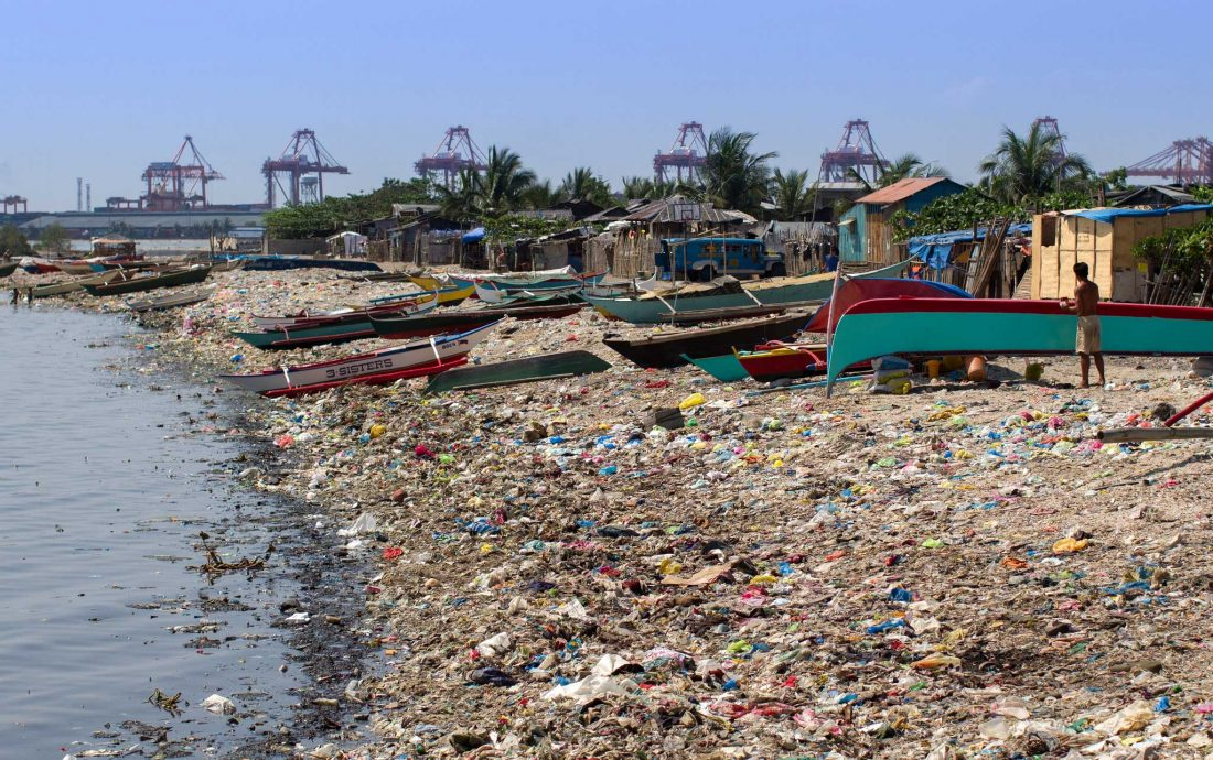 Manila Bay garbage