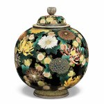 Lidded jar with design of chrysanthemums by Namikawa Yasuyuki, 1900-1903, LACMA, promised gift from the Japanese Cloisonné Enamels Collection of Donald K Gerber and Sueann E Sherry. Photo © Museum Associates/LACMA