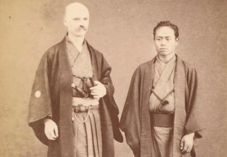Suzuki Tōkoku: Theophilus Alexander Singleton and anonymous Japanese man), carte de visite, June 1880. State Library of Victoria, Melbourne, Australia.