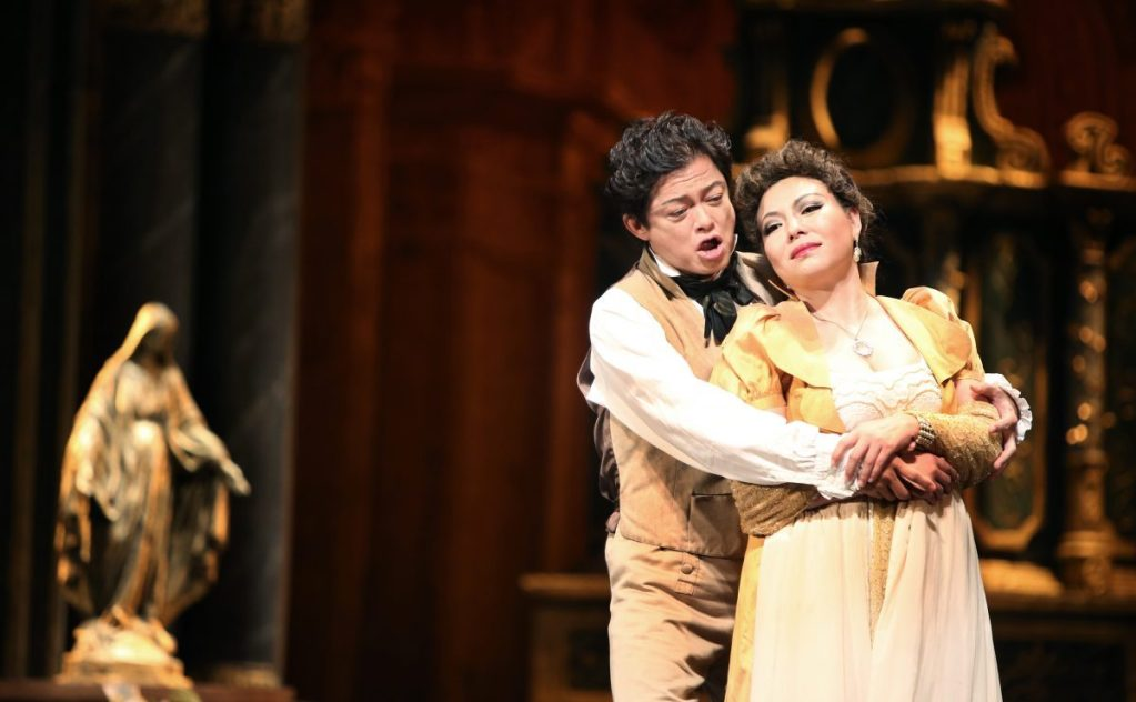 Warren Mok singing with He Hui in Opera Hong Kong's Tosca, October 2015