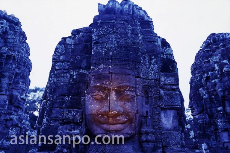 カンボジア バイヨンの四面仏