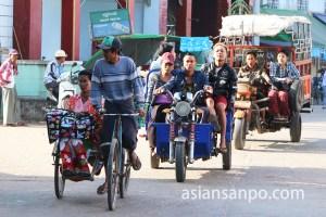 ミャンマー パテインのリキシャー