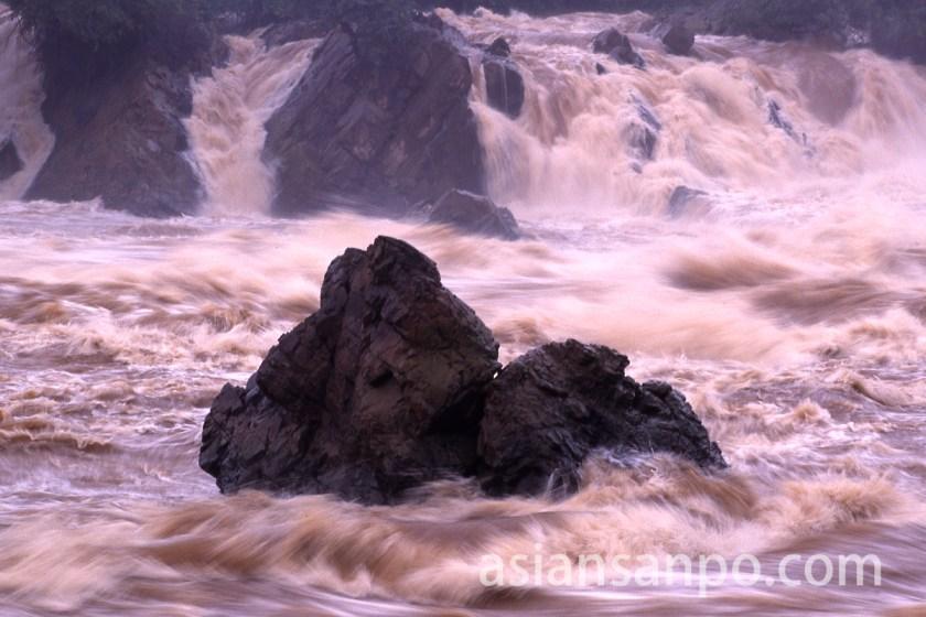 ラオス コーンの滝・パペーンの滝