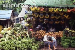 ミャンマー ヤンゴン・バナナ屋