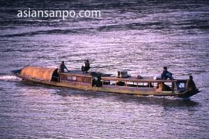 ラオス ルアンパバーンのメコン川