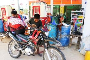 ミャンマー コータウンータニンダーリ ガソリンスタンド