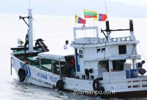 ミャンマー コータウン 船