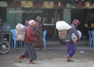 ミャンマー カムティ 市場