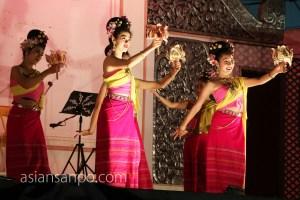 タイ チェンライ ナイトバザール